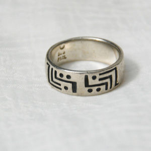 Jewelry - Vintage Sterling Silver .925 Ring